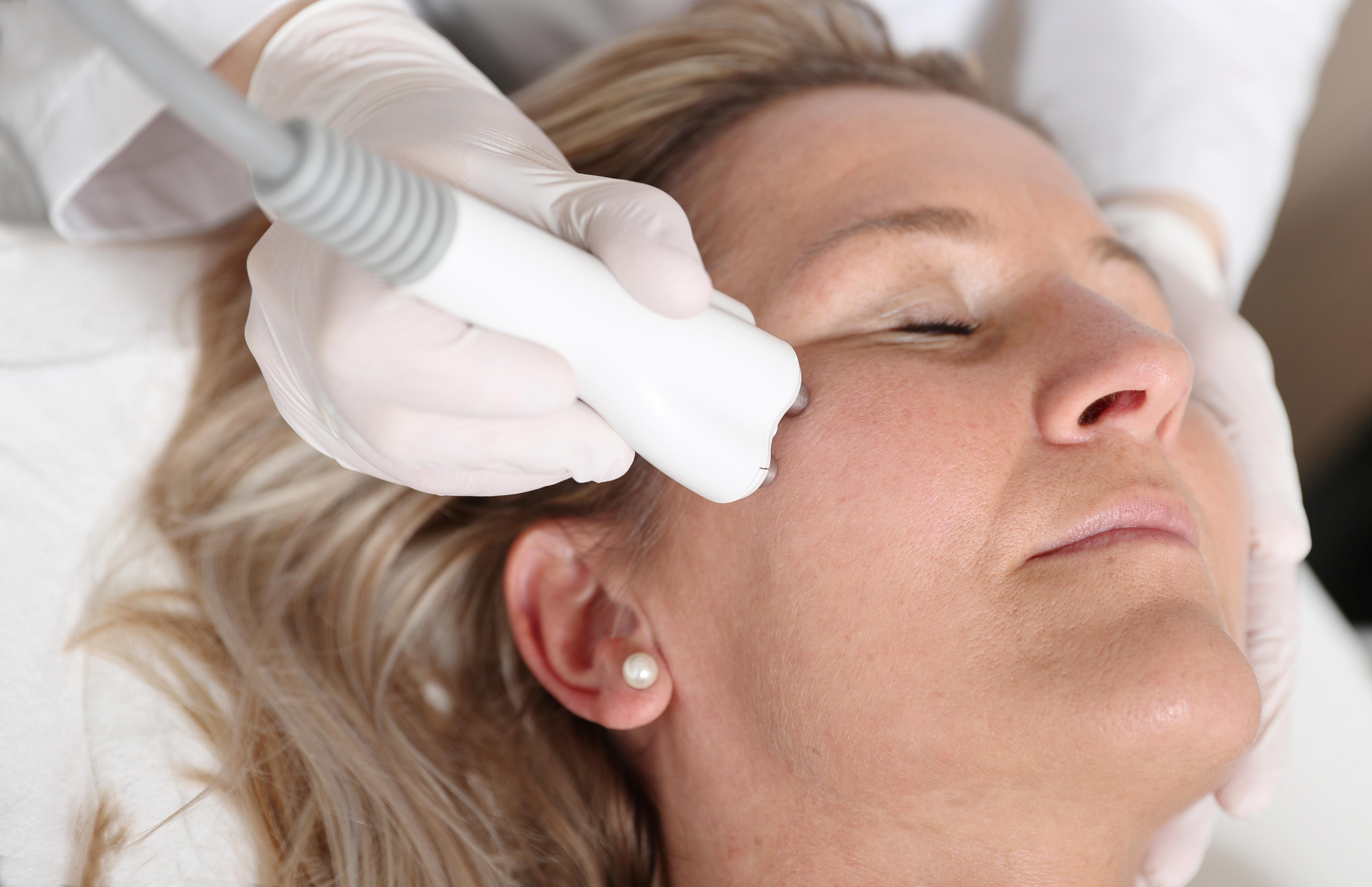 beoordeling massage cum in gezicht